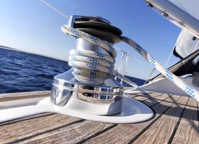 Παραχώρηση χρήσης αιγιαλιού και παραλίας σε ναυταθλητικά σωματεία