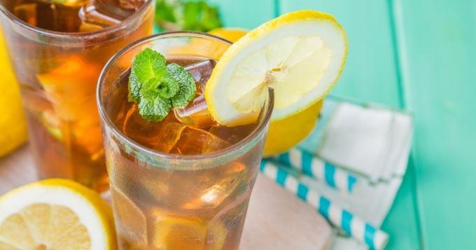 notre fameux thé glacé maison à siroter en terrasse