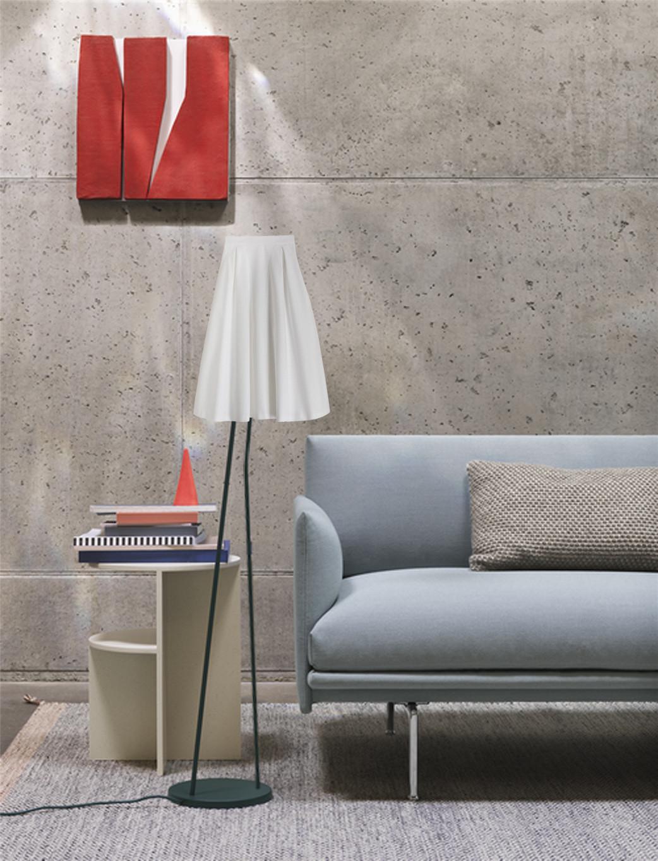 jonathan vessiere design lamp 1.jpg