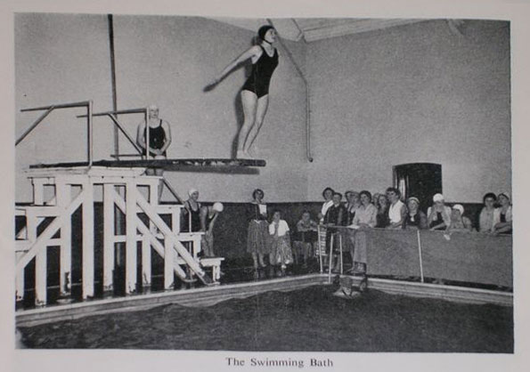 Diving at Hatch End Pool