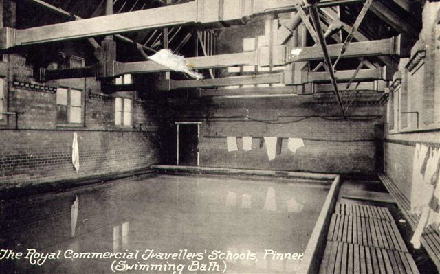An early photo of Hatch End Pool