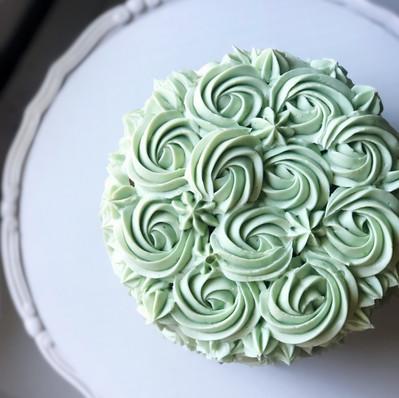Rosette Cake.jpg
