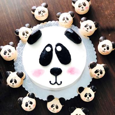 Panda Macarons.jpg