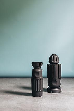 VM-Pulpo FG vases black.jpg