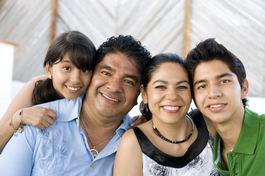 Latino-Family-small-1-850x566