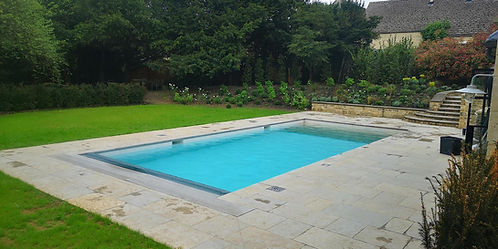 Swimming pool built by Leisure Pools Tewkesbury