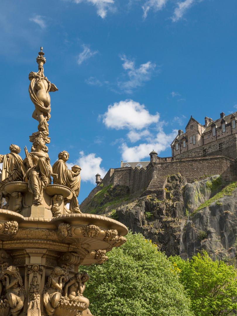 Edinburgh Castle_visitscotland.jpg