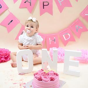 Isla's 1st Birthday Cake Smash