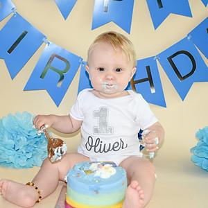 Oliver's 1st Birthday Cake Smash