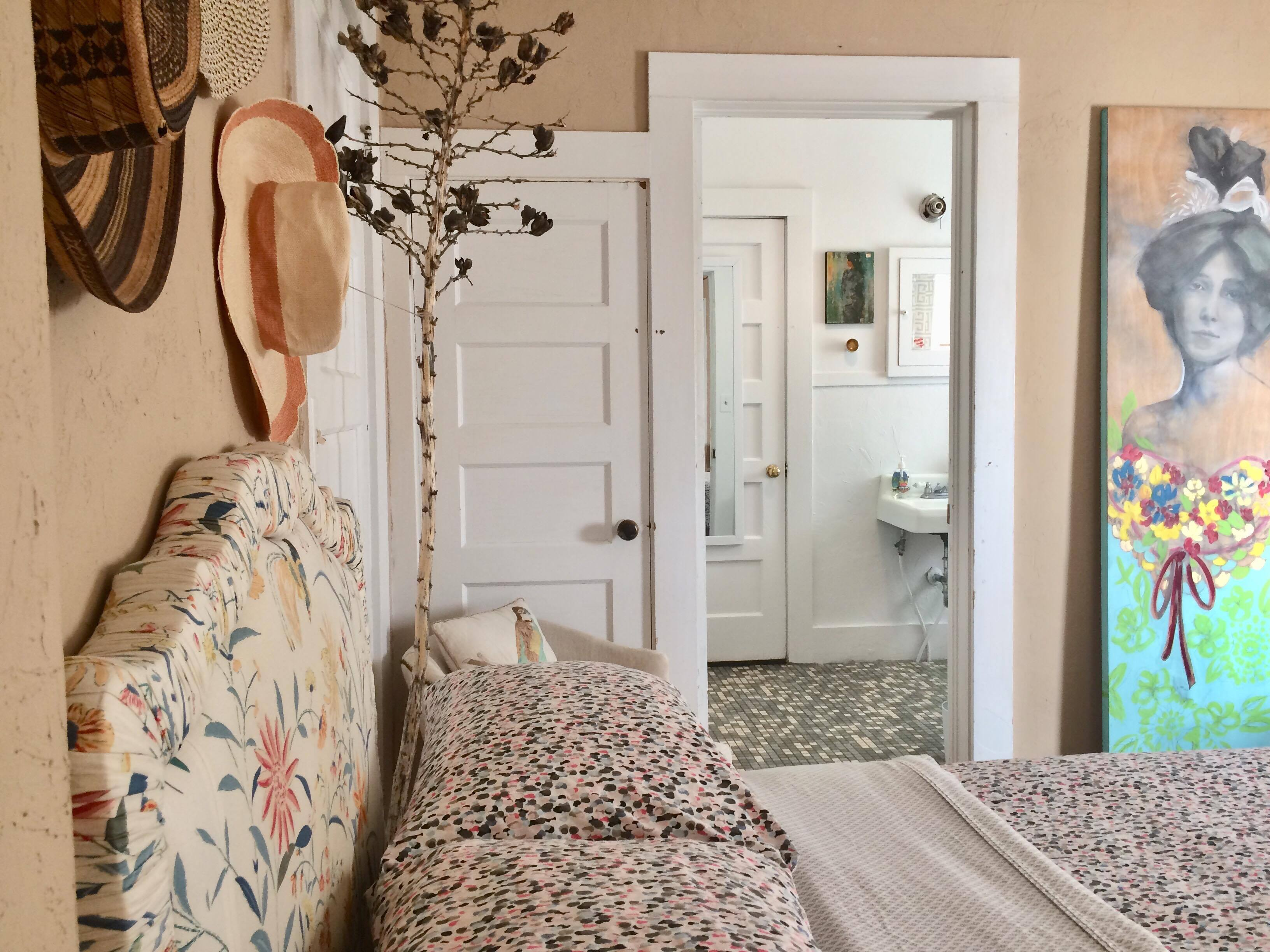Private En Suite Bathrooms.