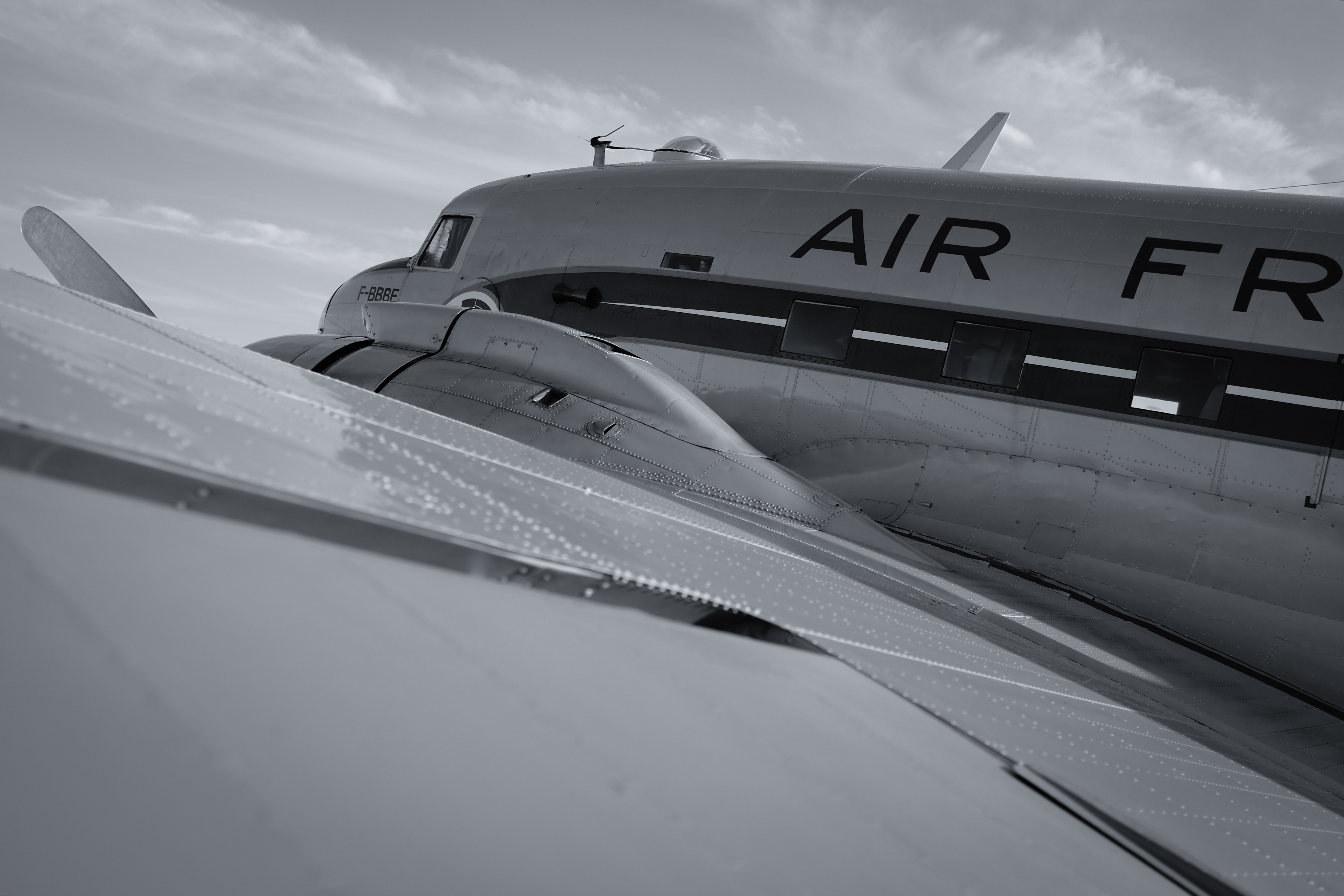 Come Fly With Me - Douglas DC-3