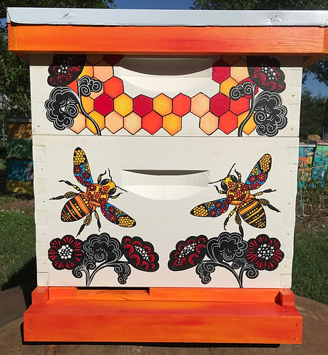 IN STOCK: Stained Glass Bee with Flowers Set ASSEMBLED