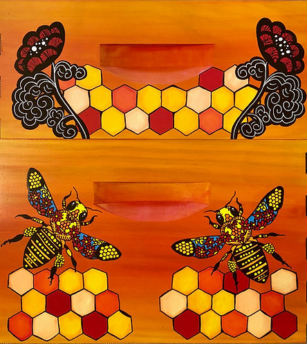 Stained Glass Bee with Comb and Stained Glass Flowers Comb Set