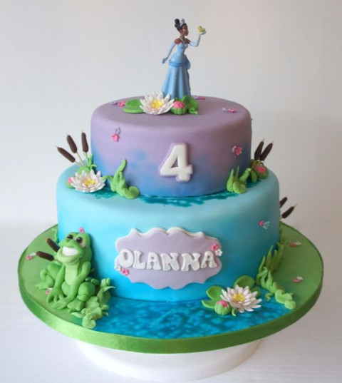 Princess and the frog cake 2 tiers with figures