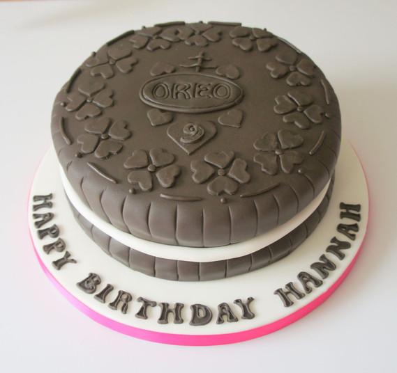 Giant Oreo Cake