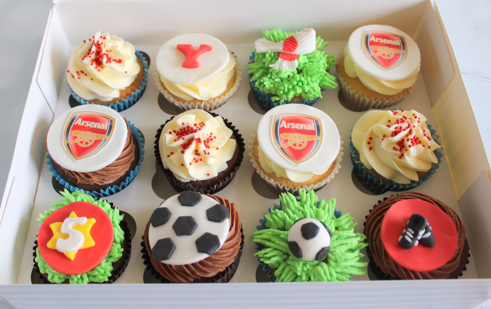 Football Badge Cupcakes.jpg