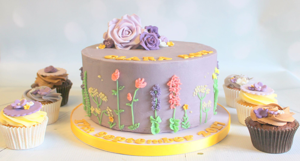 Purple Flower Cake with Matching Cupcakes