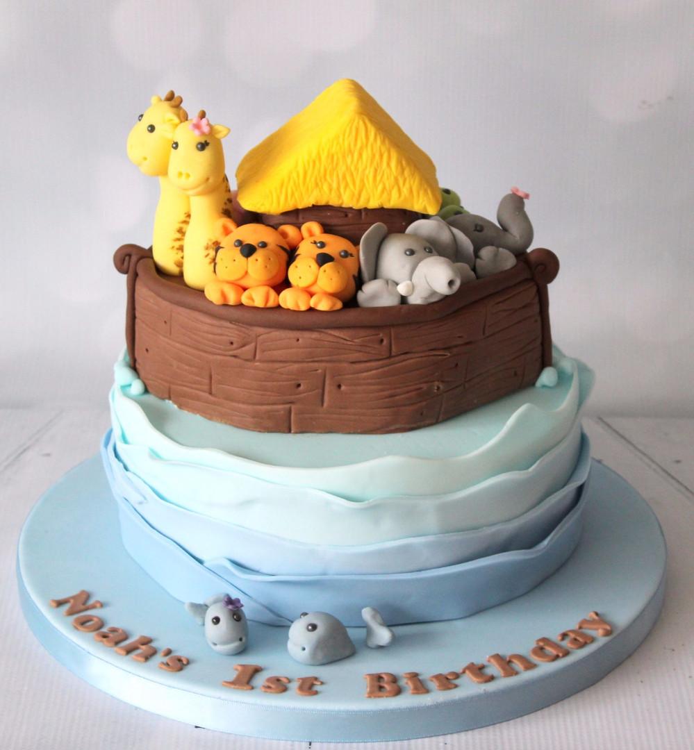Baby Noahs Ark cake.jpg