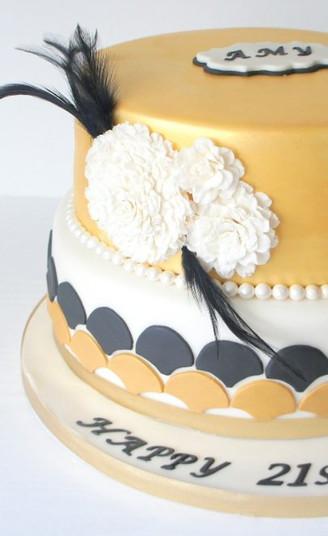 Gold Art Deco Inspired Cake