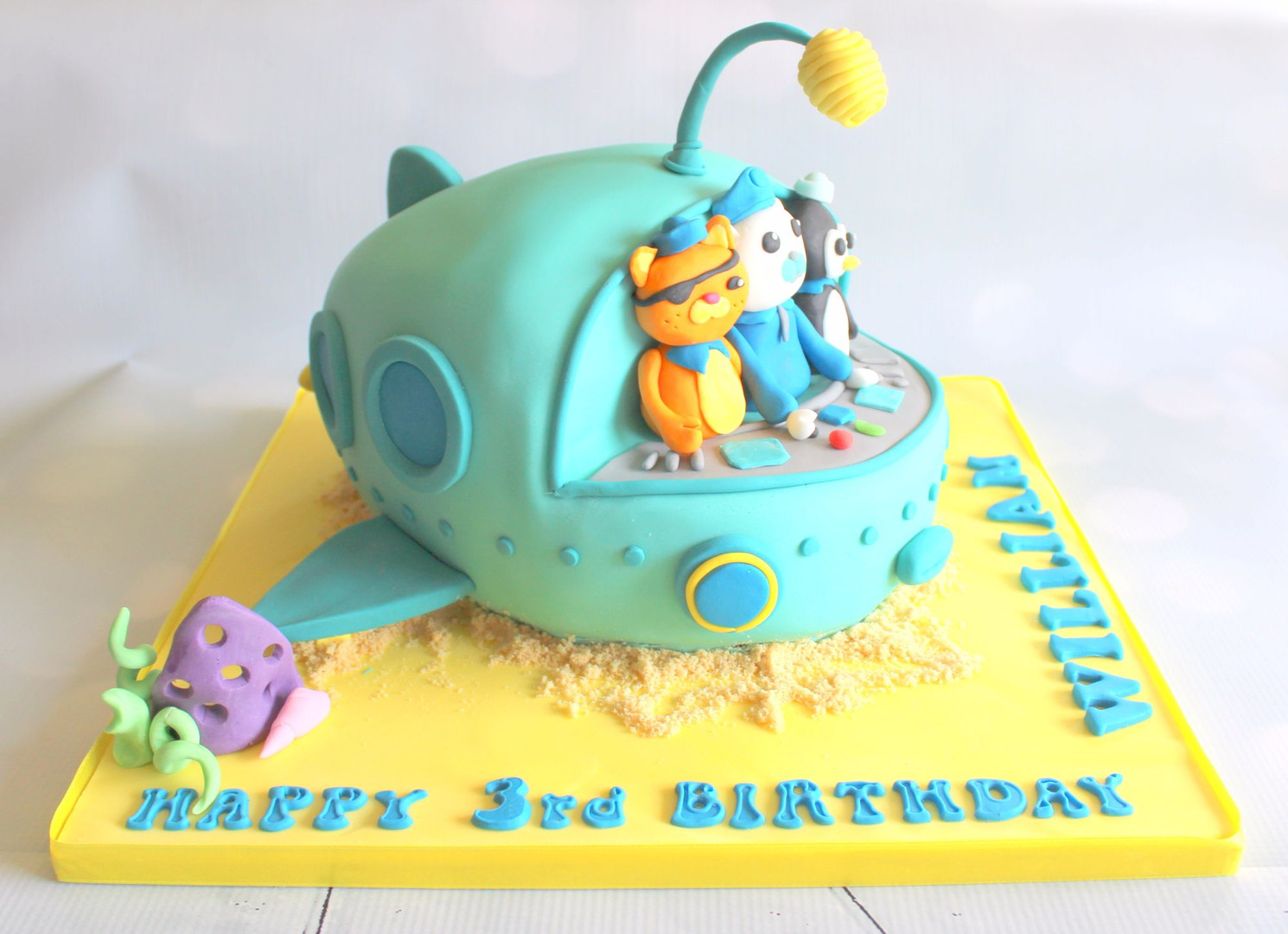 3D Octonauts ship cake with figures