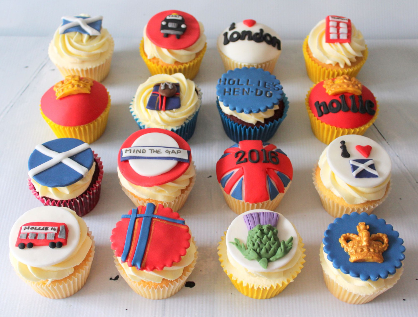 London Themed Cupcakes