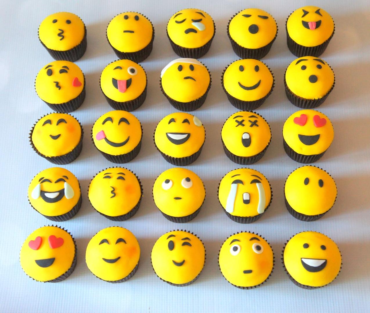 Emoji Cupcakes.jpg