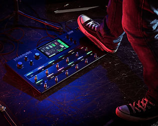 4_Pedalboard_Lifestyle1_Media8x10.jpg