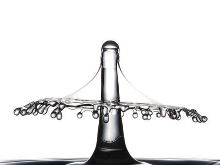Colisión de gotas de agua