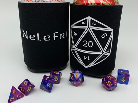 Dungeons & Dragons themed can cover Christmas gifts