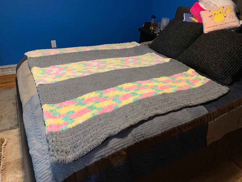 Completed finger knit loop blanket