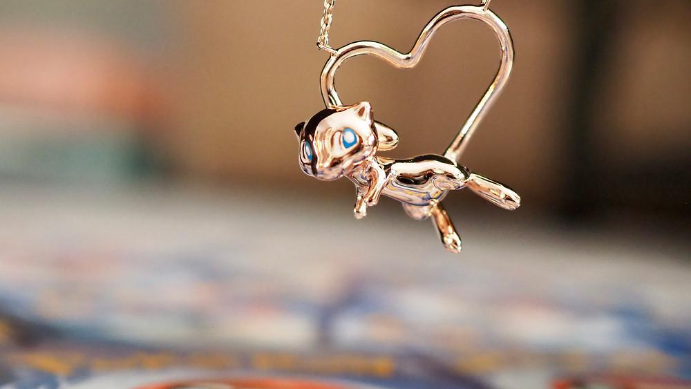 Pokémon Center x RockLove collection Mew necklace