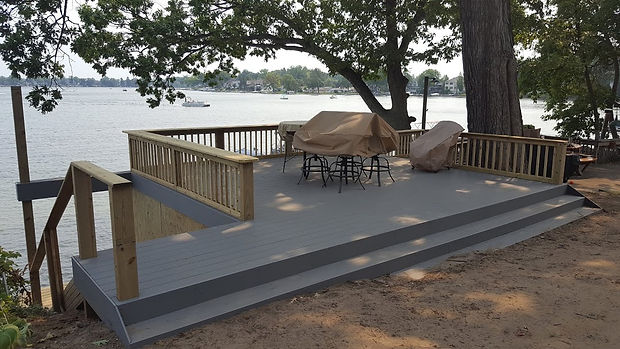 deck by local remodeling contractor