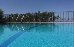 Overflow pool