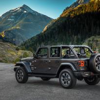 2019 Jeep Wrangler Sahara 4 door
