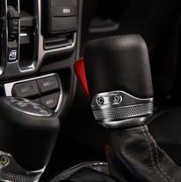 2019 Jeep Wrangler Sahara gear shifter
