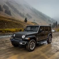 2019 Jeep Wrangler Sahara front
