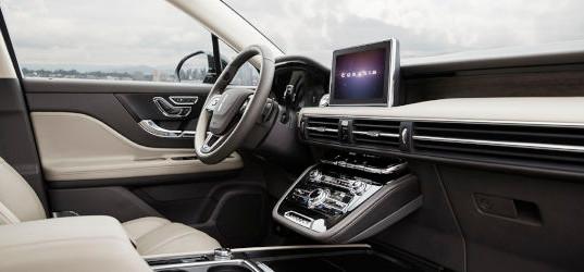 All-New-2020-Lincoln-Corsair_Interior-06