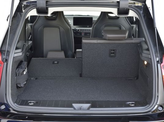 Roomy cargo area and 60/40 split folding seats