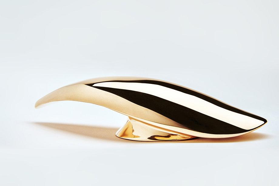 cascione-lusciov-light-and-radiant-bronz