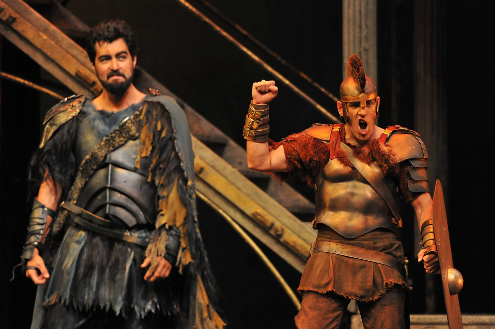 Seth Mease Carico (Leonidas) & Michael Mayes (Kinesias); photo by Ellen Appel