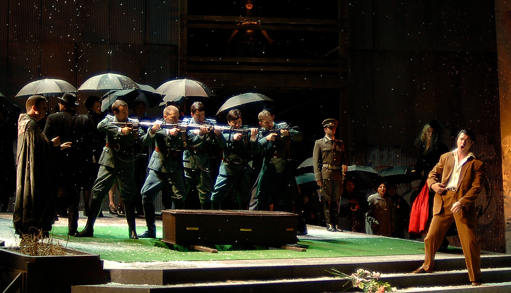 For the final production of its 2015 festival season, the Fort Worth Opera presents the regional premiere of 'Hamlet'