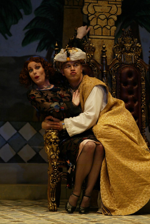 Mustafá (Rod Nelman) makes advances on Isabella (Jennifer Dudley); photo by Ellen Appel.