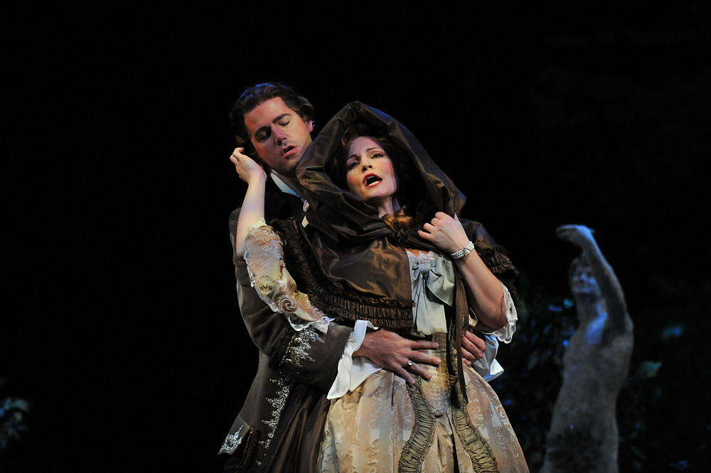 The Count (Jonathan Beyer) woos his own wife, the Countess (Jan Cornelius), who has cleverly disguised herself as Susanna to catch his infidelity; photo by Ellen Appel