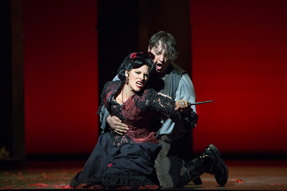 """Audrey Babcock and Robert Watson in the final climactic scene of Bizet's """"Carmen"""" at Fort Worth Opera. Photo by Marty Sohl"""