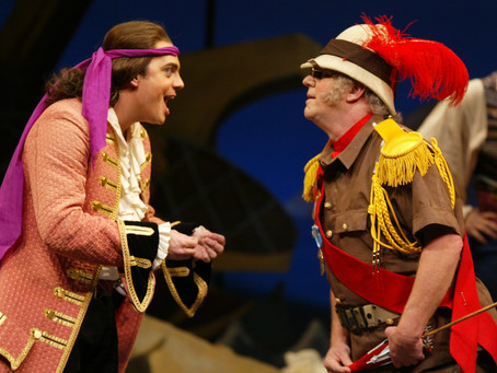 FWO Archives: Gilbert & Sullivan's 'The Pirates of Penzance' (2004)