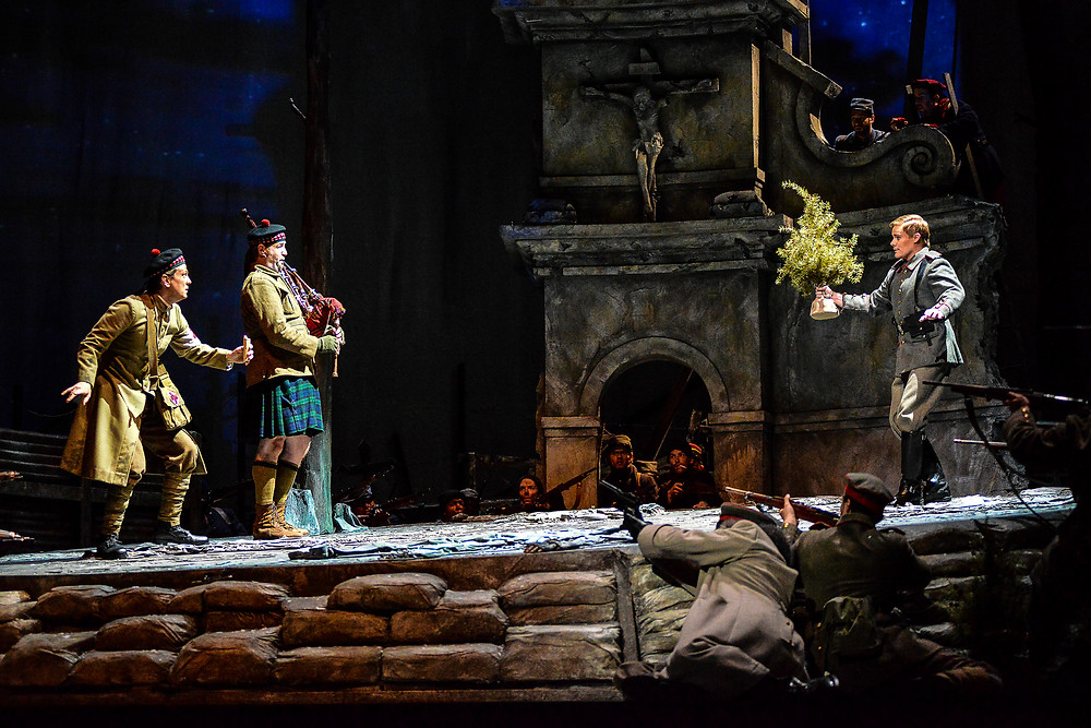 "The truce on Christmas Eve in Fort Worth Opera's production of ""Silent Night"" 2014; photo by Karen Almond."