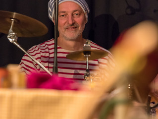 Die Zatsch-Combo! Heute: am Schlagzeug...