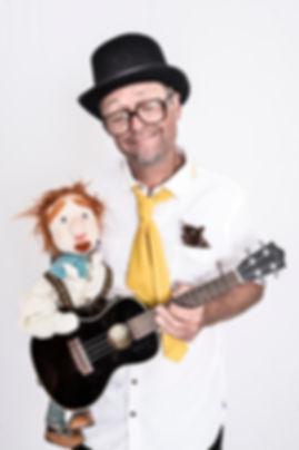Muxelmil mit Zatsch-Puppe