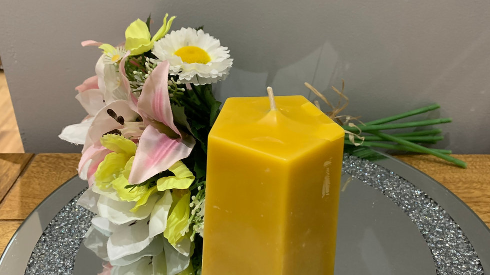 10cm Pentagon Shaped Pillar Candle