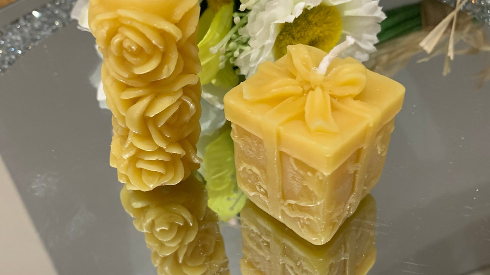 Beeswax Rose Flower and Present Candle